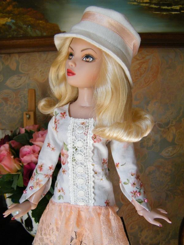 Mes poupées Ellowyne Wilde. De nouvelles photos postées régulièrement. - Page 5 02310