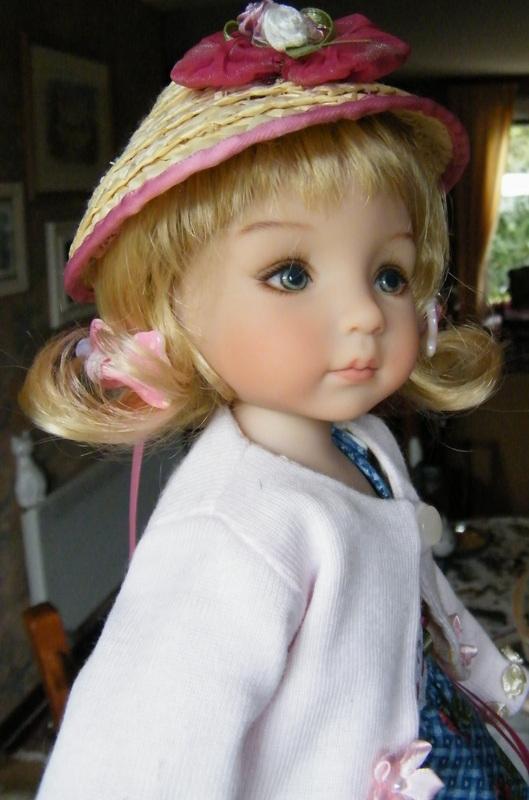 Sheila, Emily, Audrey et Chantel, mes Little Darlings! De nouvelles photos postées régulièrement - Page 6 02611