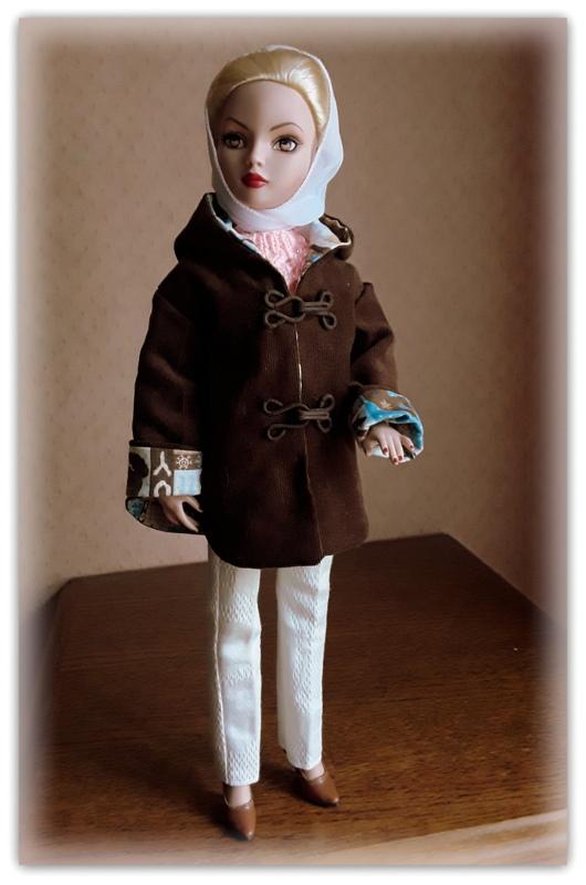 Mes poupées Ellowyne Wilde. De nouvelles photos postées régulièrement. - Page 20 20170535
