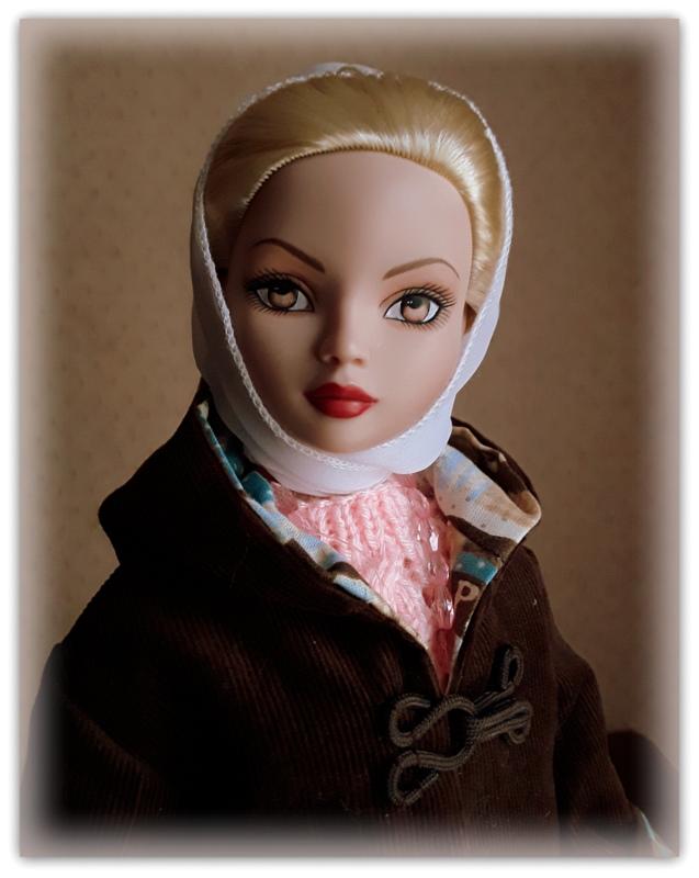 Mes poupées Ellowyne Wilde. De nouvelles photos postées régulièrement. - Page 20 20170536