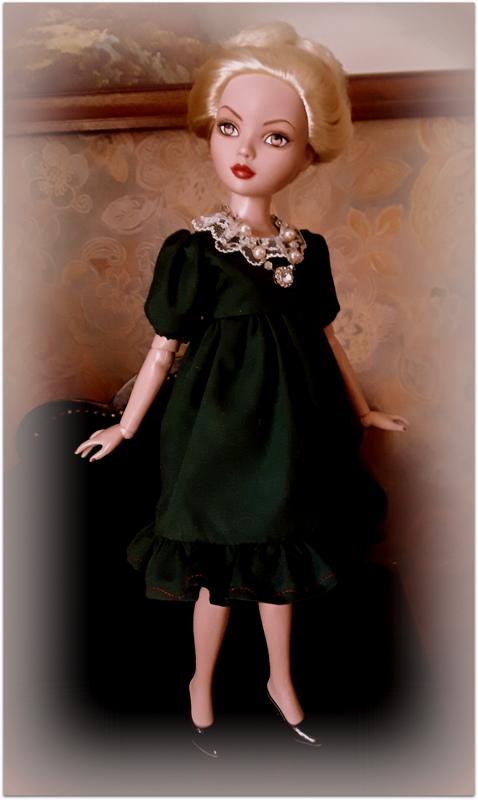 Mes poupées Ellowyne Wilde. De nouvelles photos postées régulièrement. - Page 21 20170559