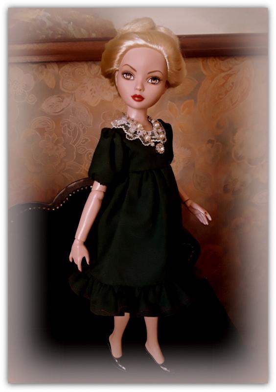Mes poupées Ellowyne Wilde. De nouvelles photos postées régulièrement. - Page 21 20170561