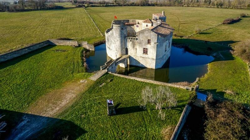 Château de Martine 12/05 trouvé par Ajonc Fort_s10