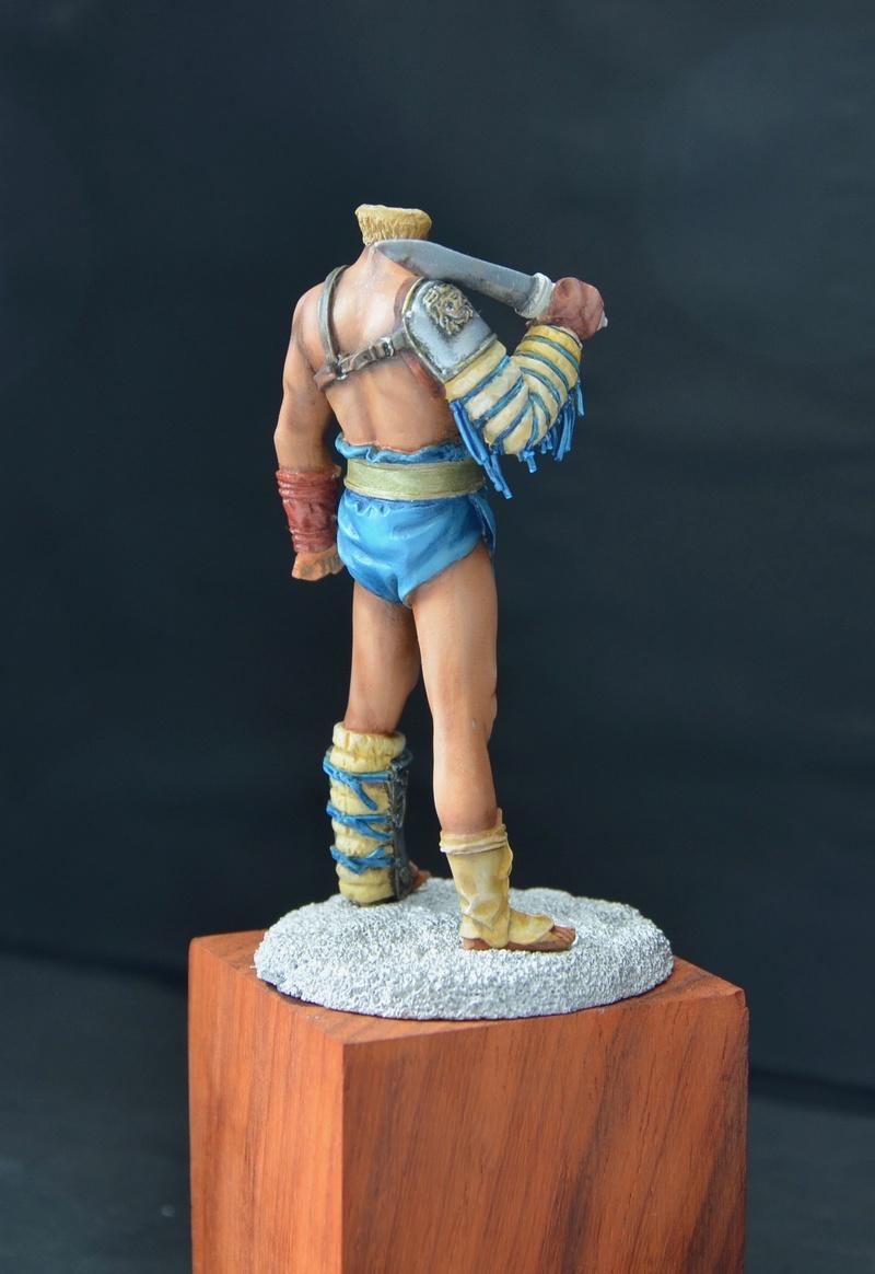 gladiatur mirmillon de chez pegaso Dsc_0111
