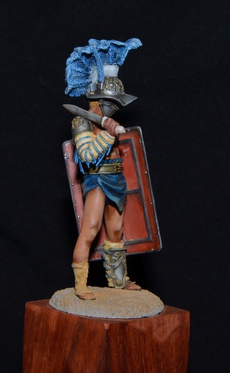 gladiatur mirmillon de chez pegaso Dsc_0118