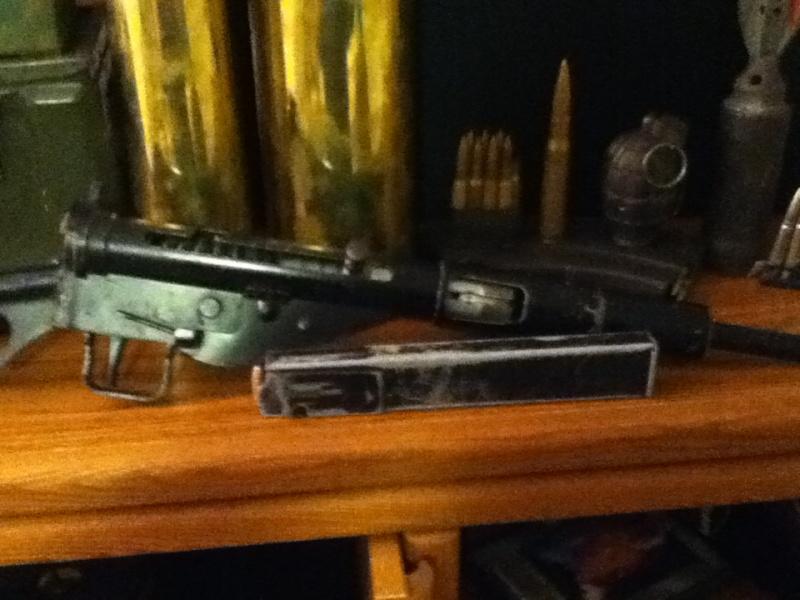 Sten Gun refinished???  Ipod_110