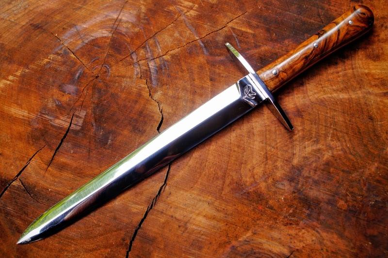 Mes couteaux  Dsc04110