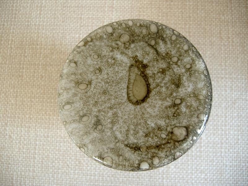 Unusual unmarked glass. White lining, extraordinary shape. Barovier Efeso? Dscf2317