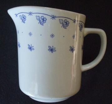 Trieste d30200 Crown Lynn Tableware Blue_b10