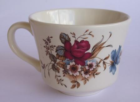 Formal Floral plus other cups Red_ro10