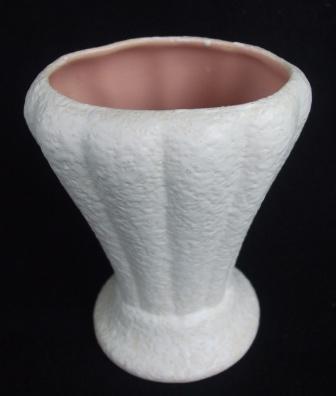 White Vase V18 V18_210