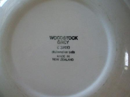 Woodstock Cream d37420 and Woodstock Grey d37410 Woodst12