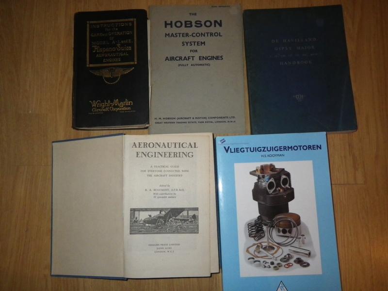 Aircraft books/media/commemoratives  Imgp2811
