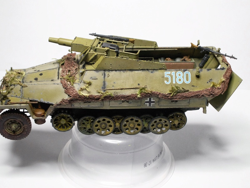 GERMAN SD.kfz.251/9 ausf.d  1:35  (afv club) - Page 3 Pict0816