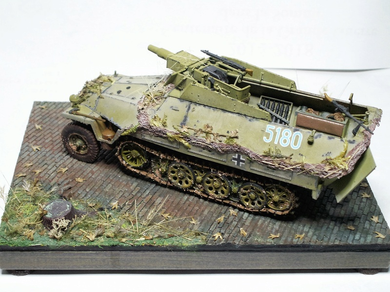 GERMAN SD.kfz.251/9 ausf.d  1:35  (afv club) - Page 3 Pict0880