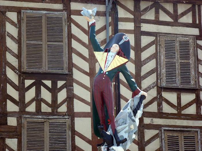 Cadet Roussel - Auxerre - Yonne - France 73024810