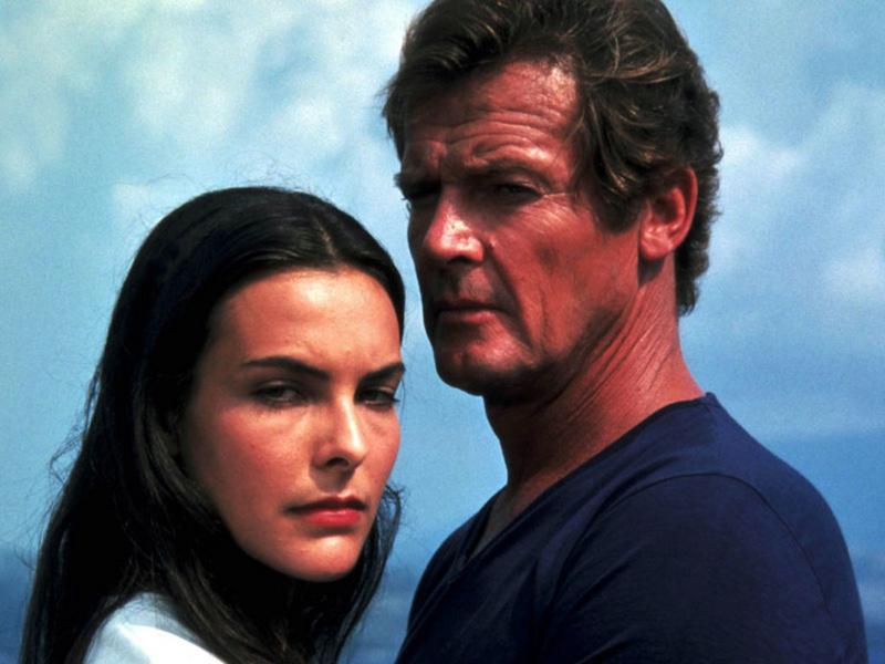 James Bond des grandes années,le seul SIR Roger Moore .... Rien-q10