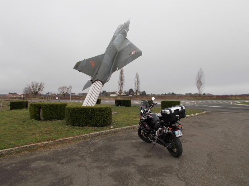 Vos plus belles photos de moto - Page 37 Dscn0310