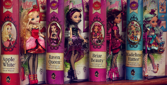 MATTEL : Ever After High - Page 3 94130310