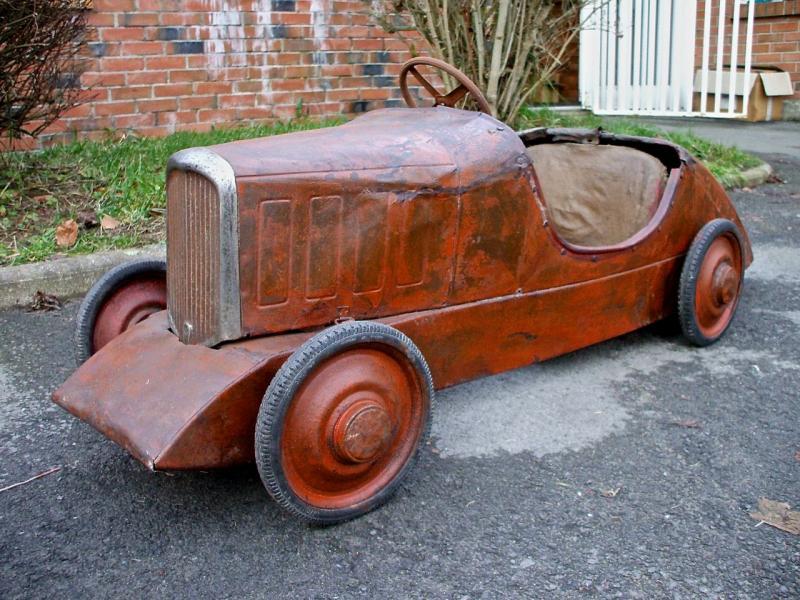 voitures à pédales Rosali11