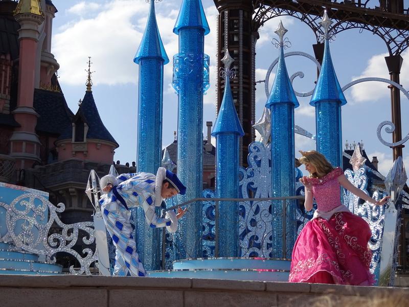 Vos photos avec les Personnages Disney - Page 38 Dsc06017