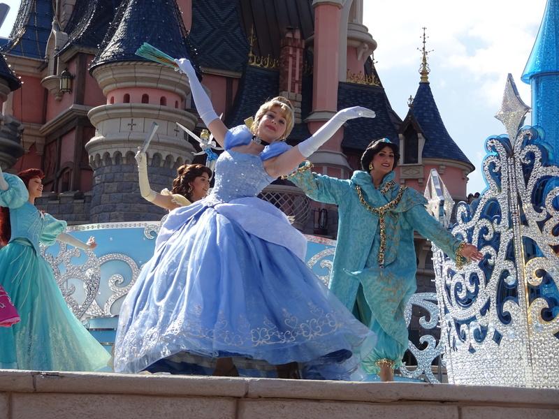 Vos photos avec les Personnages Disney - Page 38 Dsc06111
