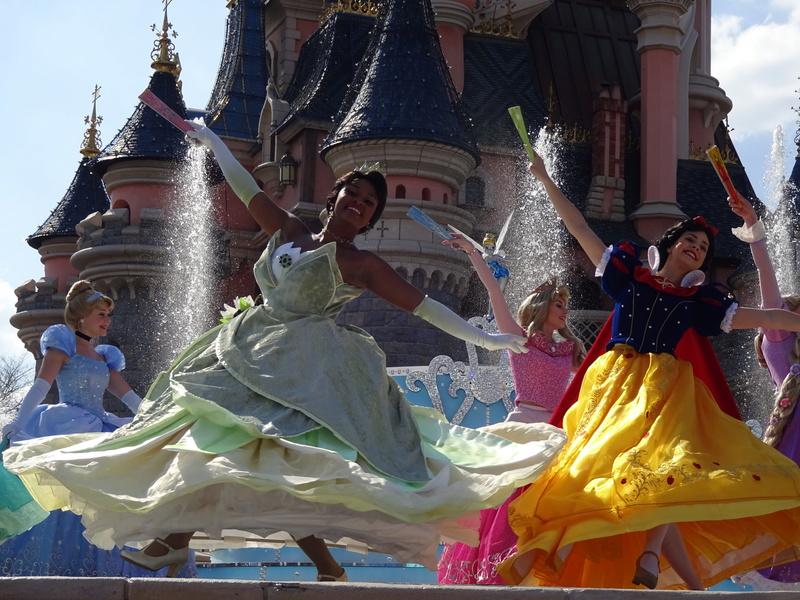 Vos photos avec les Personnages Disney - Page 38 Dsc06112