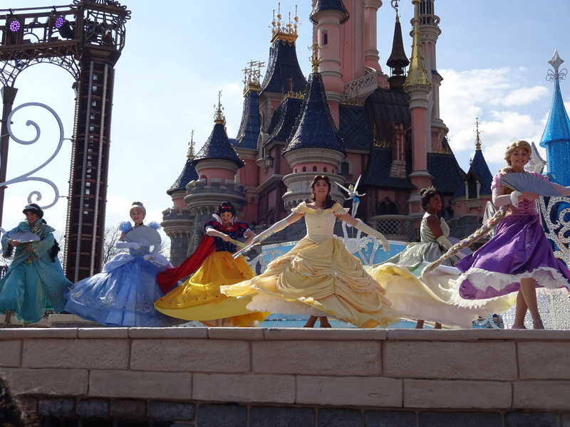 Vos photos avec les Personnages Disney - Page 38 Dsc06113