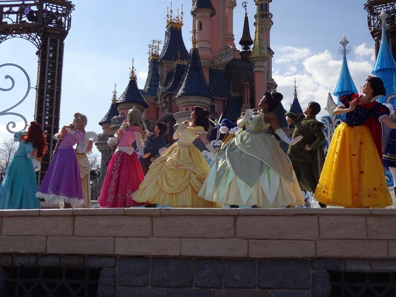 Vos photos avec les Personnages Disney - Page 38 Dsc06115