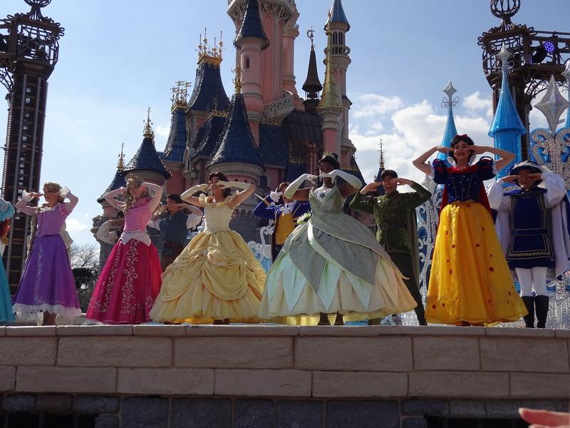 Vos photos avec les Personnages Disney - Page 38 Dsc06118