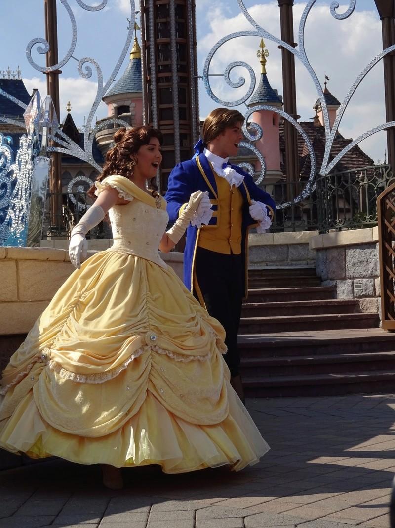 Vos photos avec les Personnages Disney - Page 38 Dsc06121