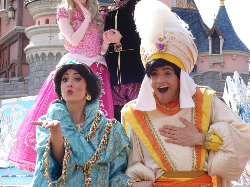 Vos photos avec les Personnages Disney - Page 38 Dsc06123