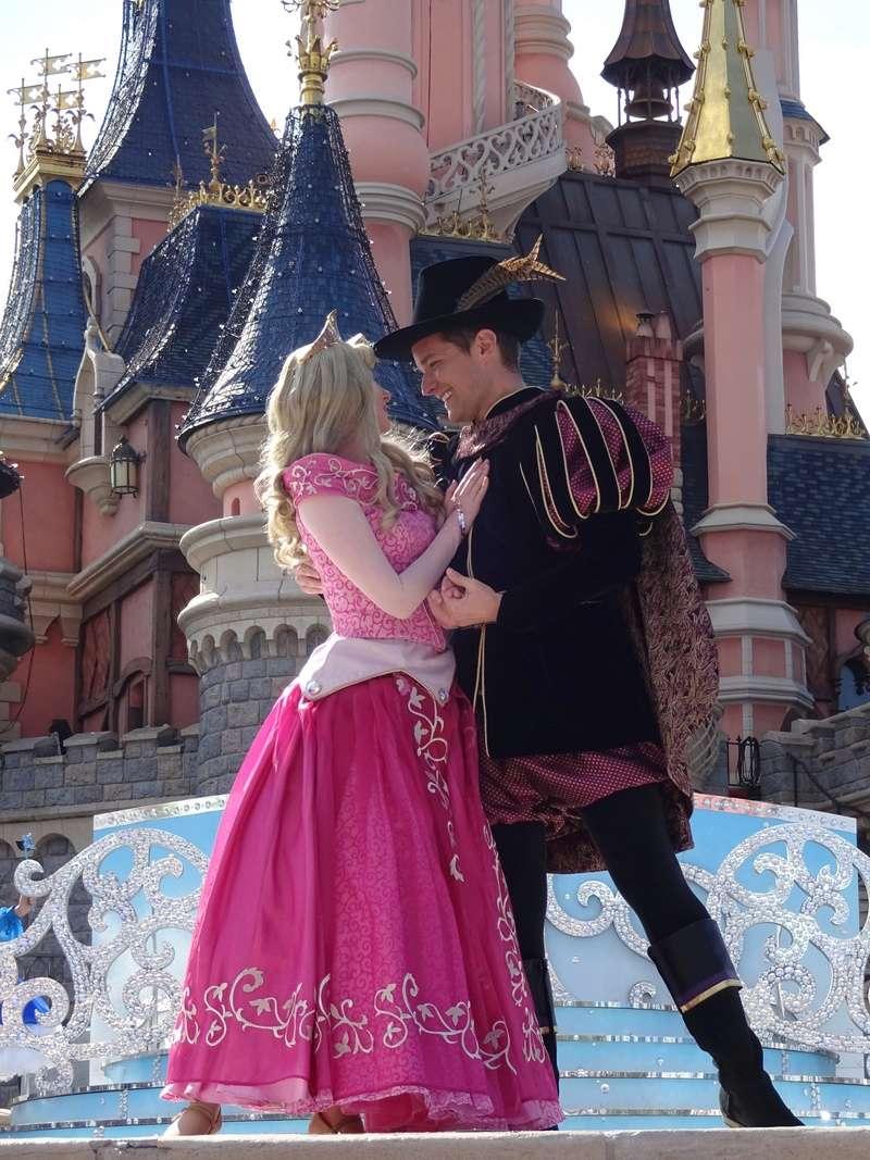 Vos photos avec les Personnages Disney - Page 38 Dsc06210