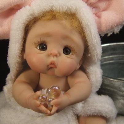 Des jolies poupées  - Page 3 Bbb10