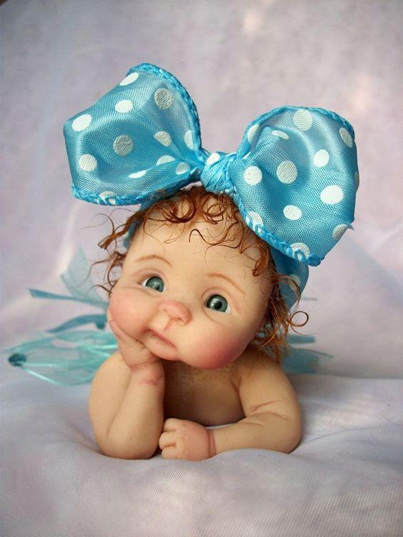 Des jolies poupées  - Page 3 Bbb210