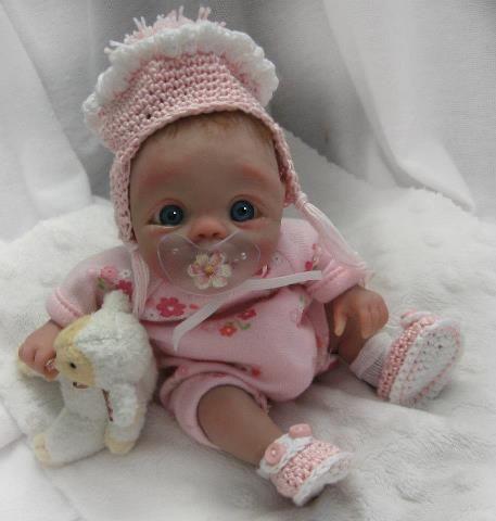 Des jolies poupées  - Page 3 Bbb510