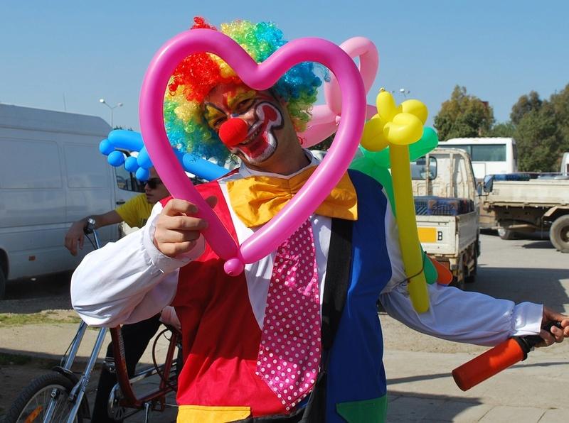 Les clowns  - Page 3 Clow1110