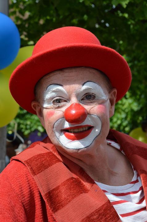 Les clowns  - Page 3 Clow310