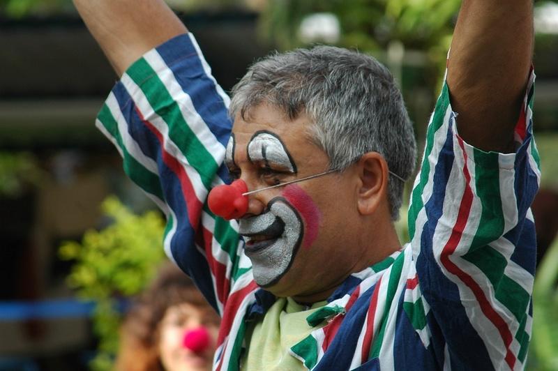 Les clowns  - Page 3 Clow510