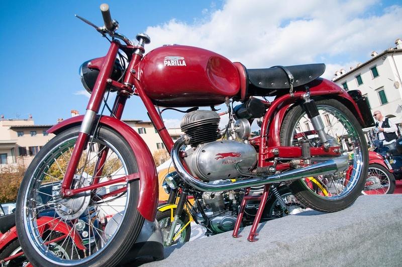 Motos d'époque - Page 2 Mot1010