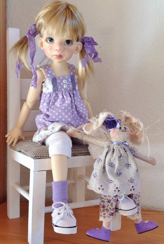 Des jolies poupées  - Page 4 Ppou1010