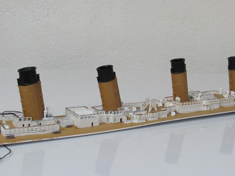 Paquebot  Titanic - Page 4 4910