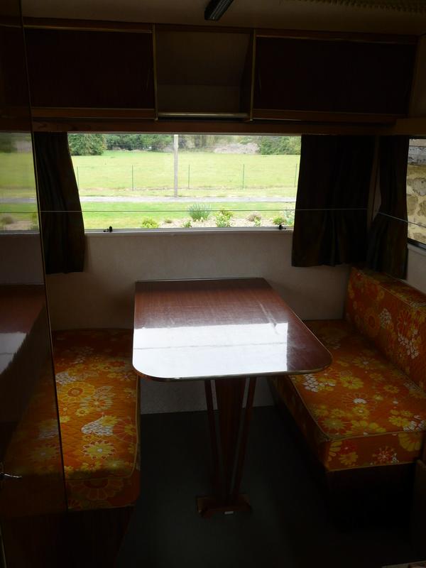 nos caravanes  - Page 2 P1170710