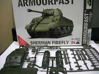 Sherman FIREFLY  (Armourfast - 1/72 ) 11-5-212