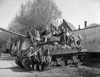 Sherman FIREFLY  (Armourfast - 1/72 ) Projet13