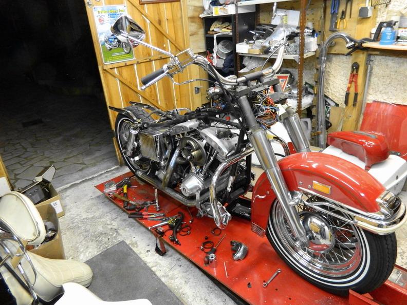 Restauration 1200 FLH électra glide 1976 Demo310