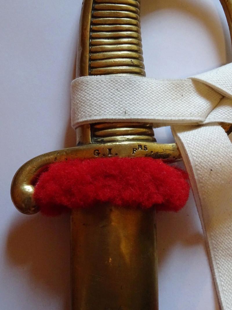 Confection d'une cravate de sabre briquet, qu'en pensez-vous? Dsc01413