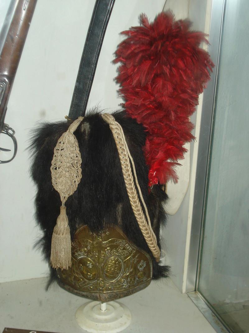 La collection d'armes anciennes du château de Joux Dsc01924