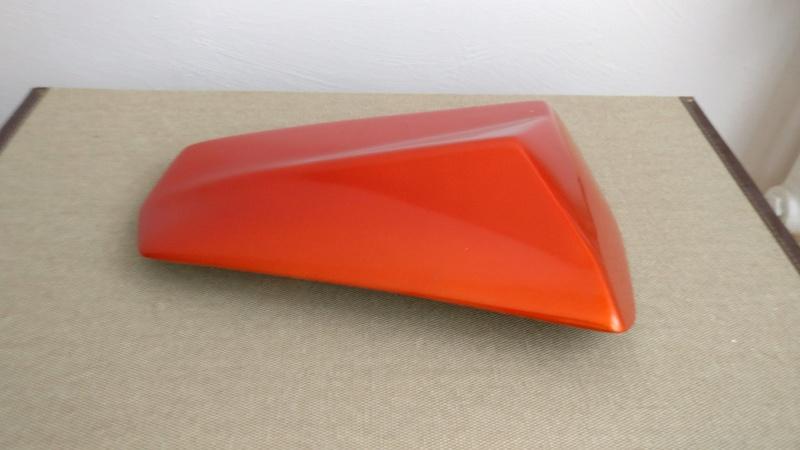 [VENDU] Capot de selle S2Concept Orange pour Z1000 K10-K13 Img_2010