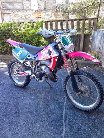 photo de vos moto pour création bannière - Page 7 Img_2011